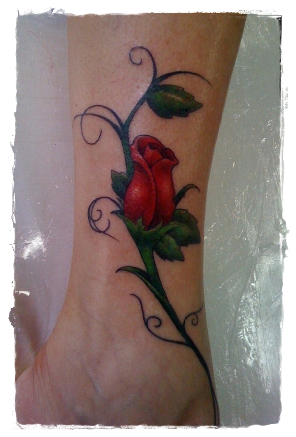 23-Rose-Tattoo-600x899