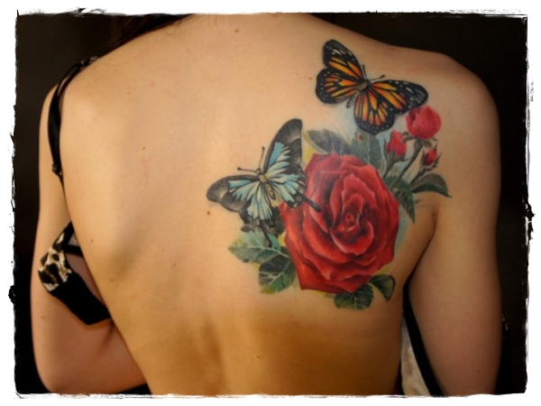 35-Rose-Tattoo-on back