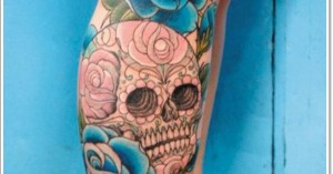 skull-and-rose-leg-tattoo