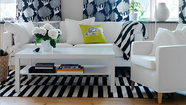 e1e61_living_room_Patterned-textiles-in-a-modern-living-room