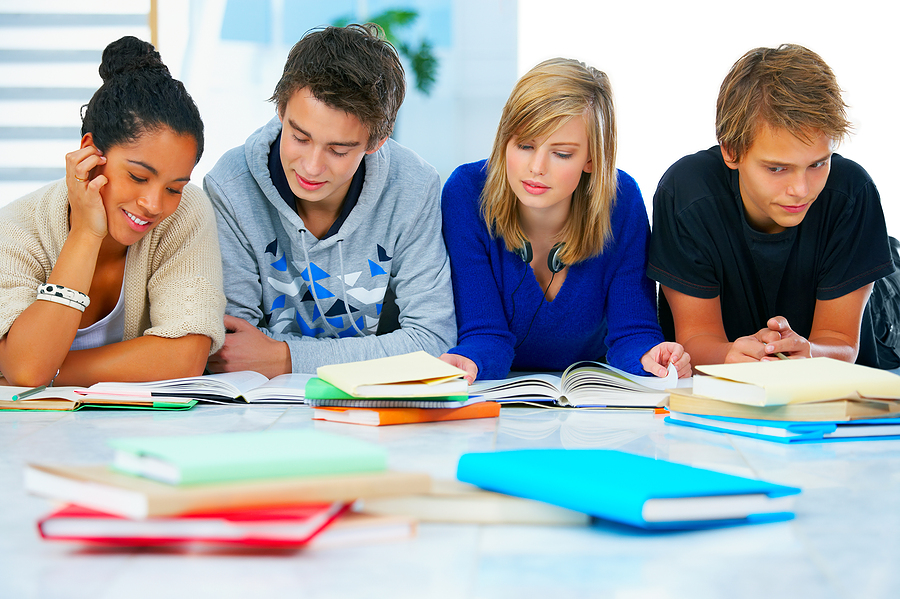 parents and educators should steadily motivate high school students to go to college College students counselors & parents helping students become motivated learners some teachers feel that motivating students.