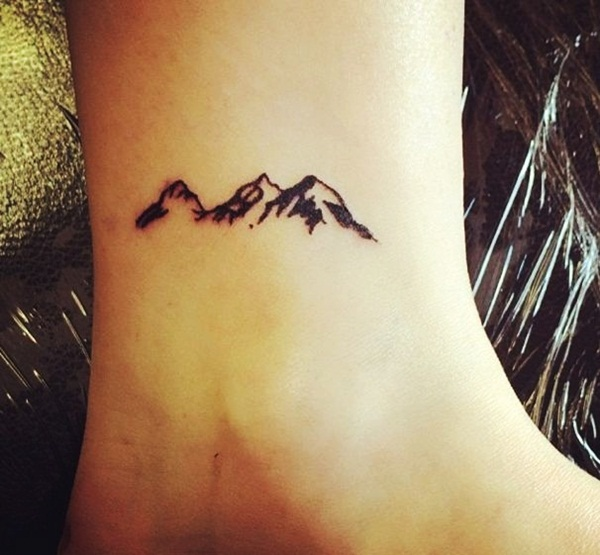 Small mountain tattoo en pinterest tatuajes tinta y for Small cute tattoo