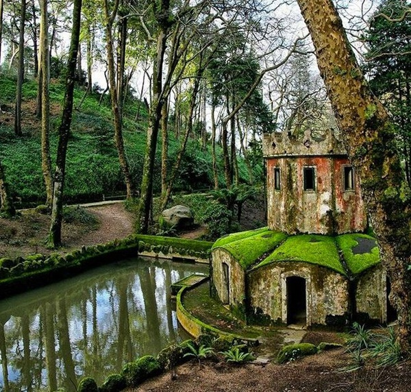 Phenomenal Pictures of ABANDONED Places (21)