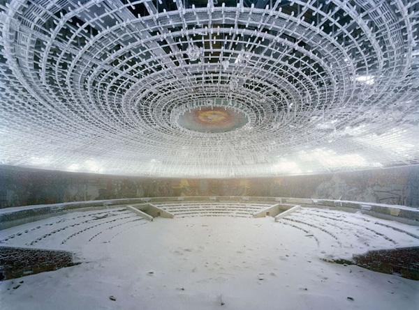 Phenomenal Pictures of ABANDONED Places (24)