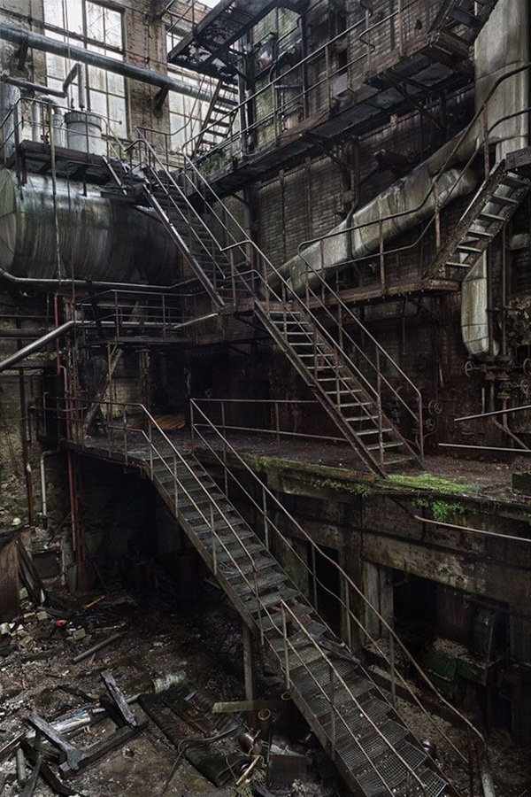 Phenomenal Pictures of ABANDONED Places (25)