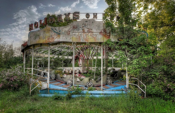 Phenomenal Pictures of ABANDONED Places (34)