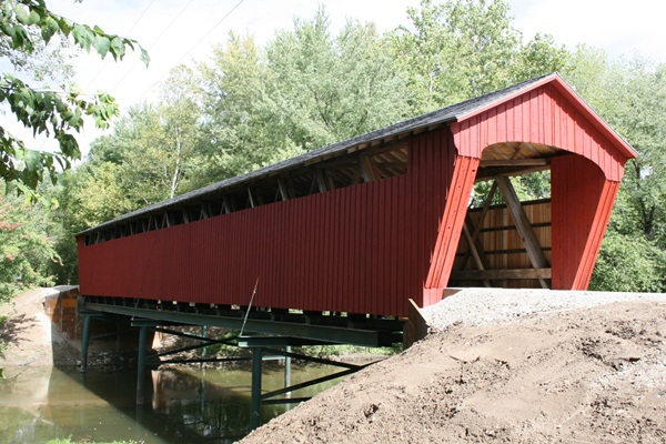Spectacular Pictures Of Covered Bridges (13)