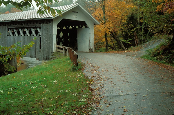 Spectacular Pictures Of Covered Bridges (15)