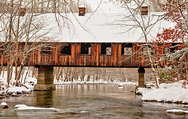 Spectacular Pictures Of Covered Bridges (20)