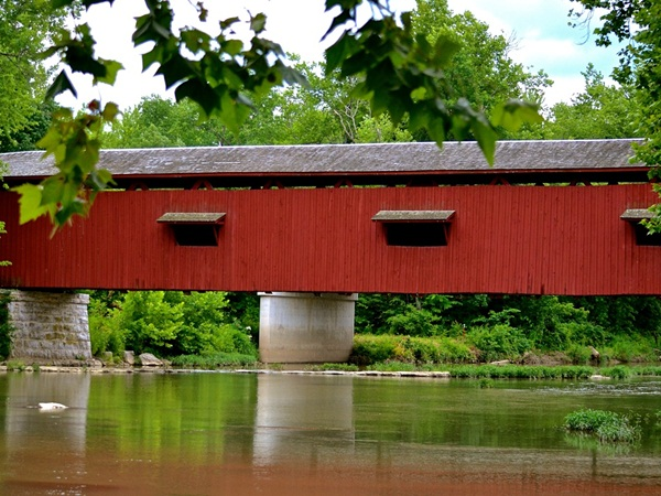 Spectacular Pictures Of Covered Bridges (24)