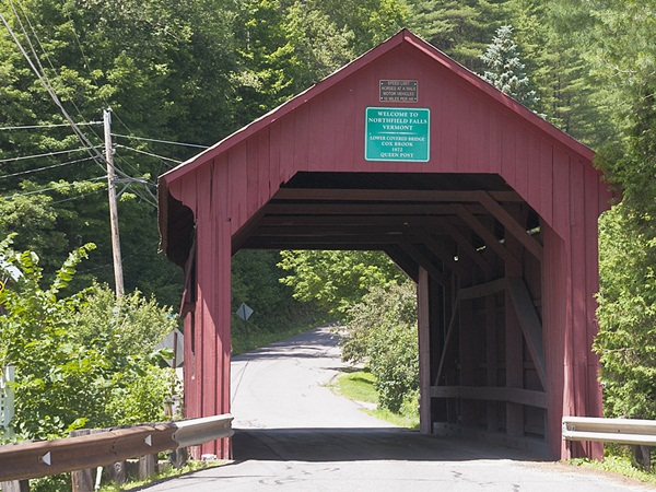 Spectacular Pictures Of Covered Bridges (25)