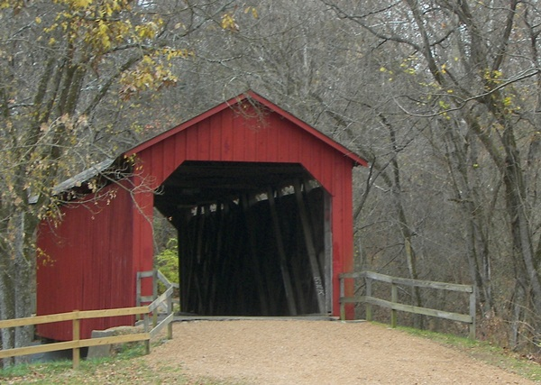 Spectacular Pictures Of Covered Bridges (29)
