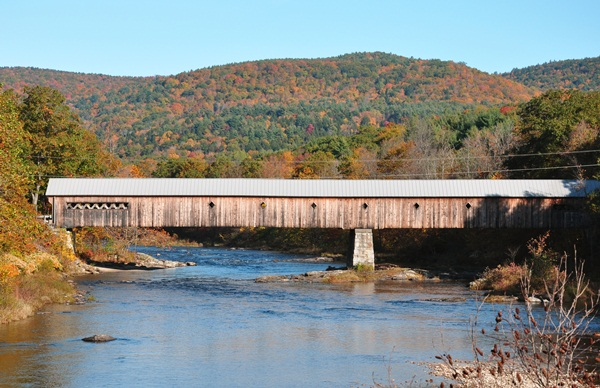 Spectacular Pictures Of Covered Bridges (37)