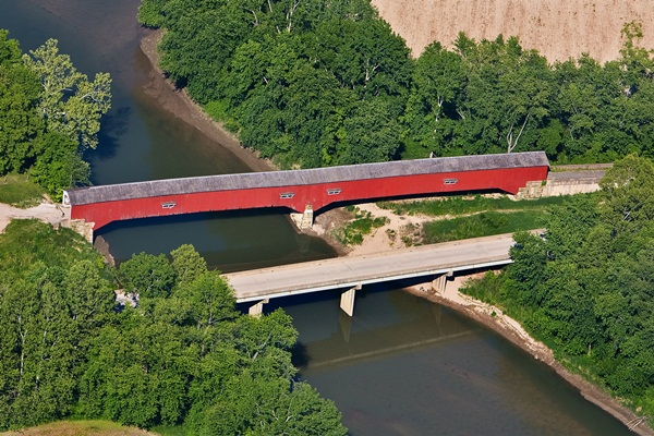 Spectacular Pictures Of Covered Bridges (8)