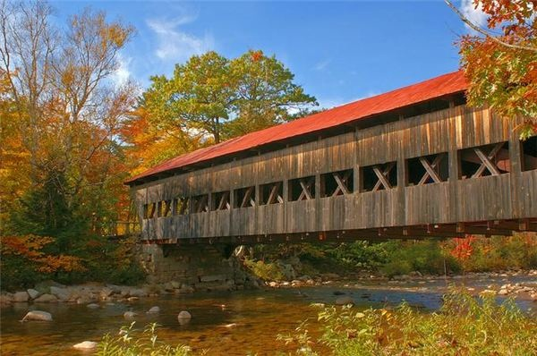Spectacular Pictures Of Covered Bridges (9)