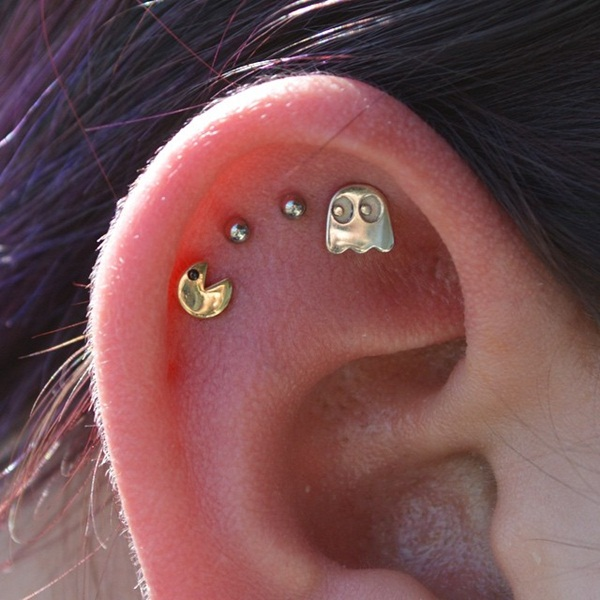 Adventurous Pictures of Ear Piercing (24)