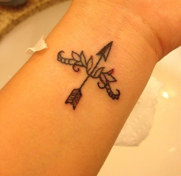 40 Cool Arrow Tattoo Designs