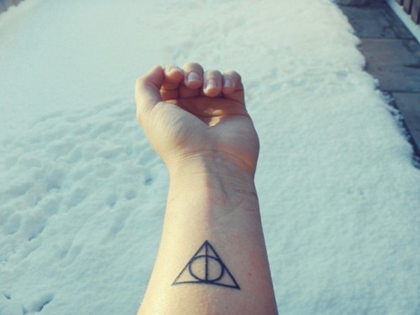 Simple and stunning Triangle Tattoo designs (48)