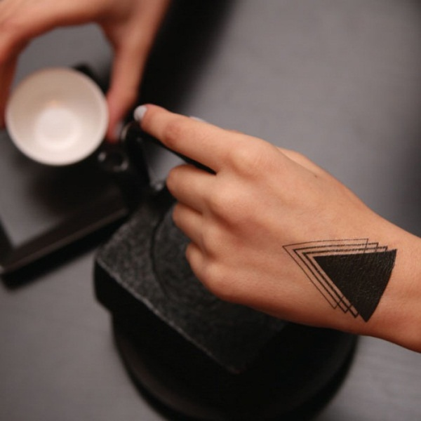 Simple and stunning Triangle Tattoo designs (62)
