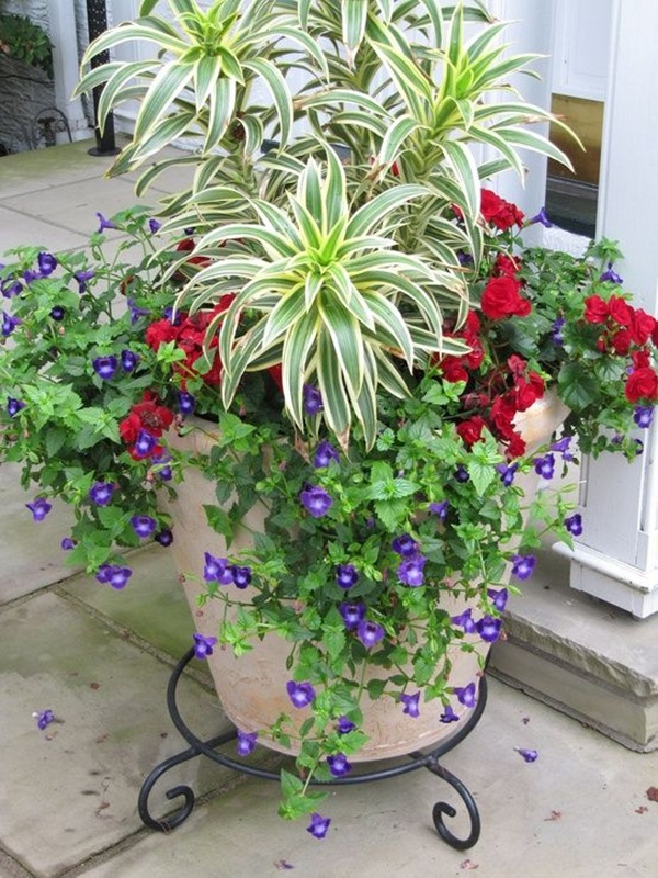 40 creative garden container ideas and plant pots for Container garden ideas