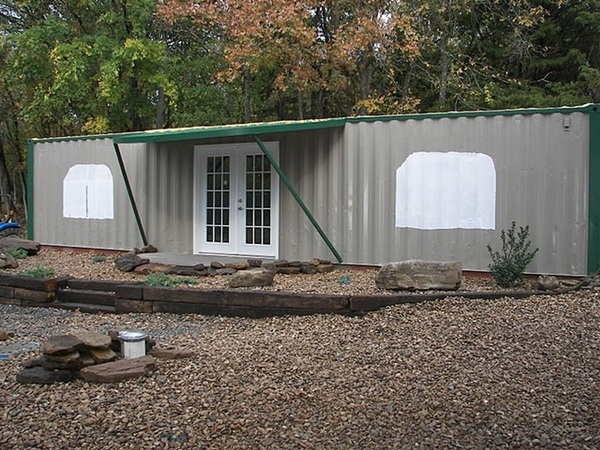 Impossibly Amazing Shipping Container Home Ideas (14)
