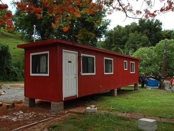 Impossibly Amazing Shipping Container Home Ideas (15)