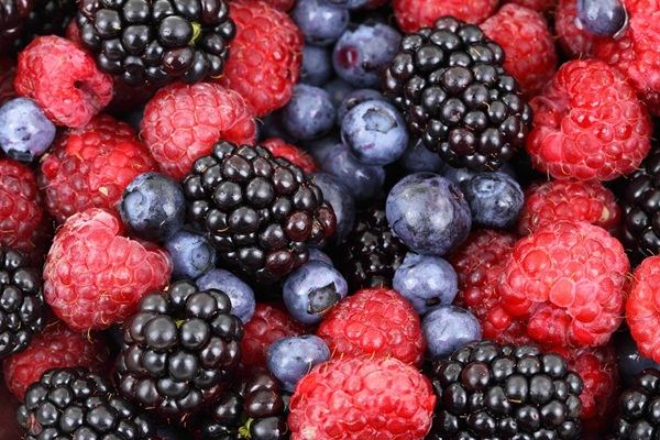 10 Foods that works like Miracle in Anti-Aging 1
