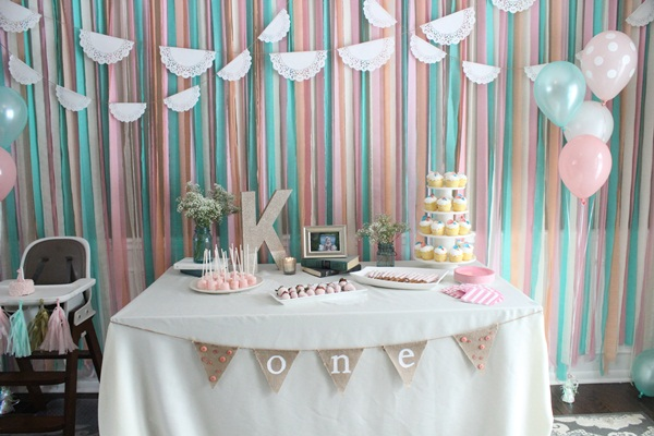 Beautiful Ways to Decorate with Streamers For Special Occasions (25)