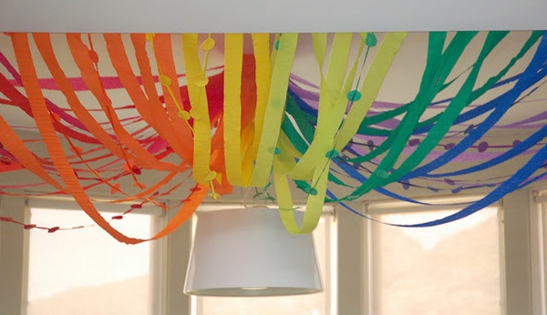 Beautiful Ways to Decorate with Streamers For Special Occasions (32)
