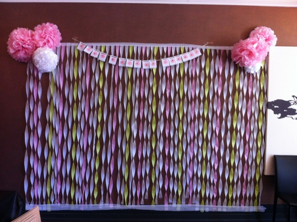 Beautiful Ways to Decorate with Streamers For Special Occasions (34)