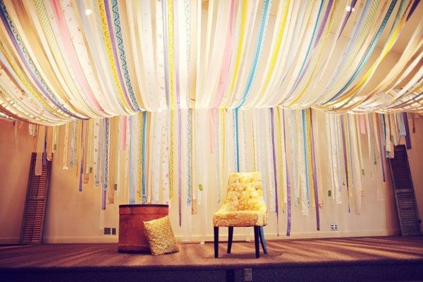 Beautiful Ways to Decorate with Streamers For Special Occasions (6)