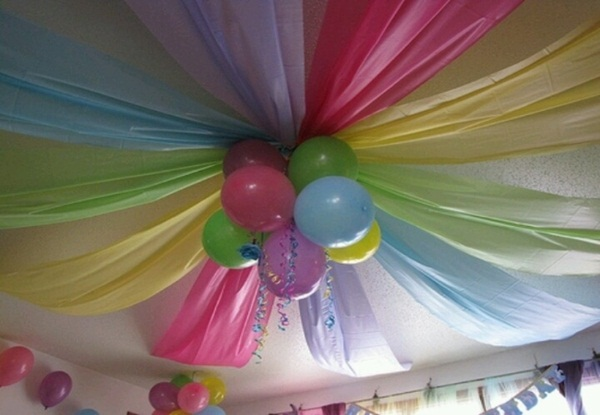 Beautiful Ways to Decorate with Streamers For Special Occasions (8)