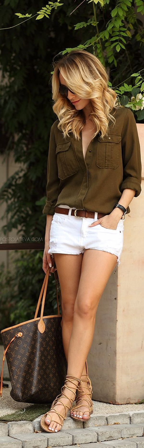 How to wear shorts in summer (6)