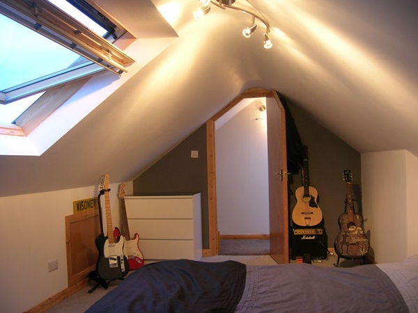 Insanely Cool attic conversion ideas (38)