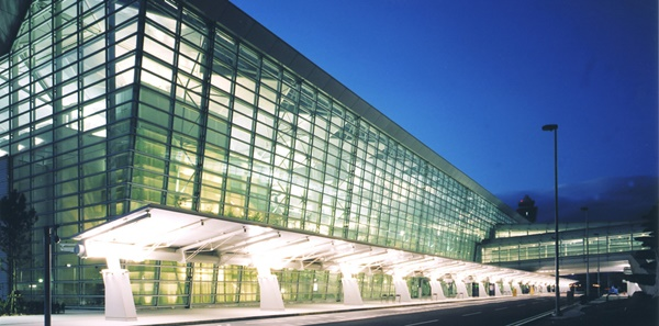 10 Best Airports in the World 6
