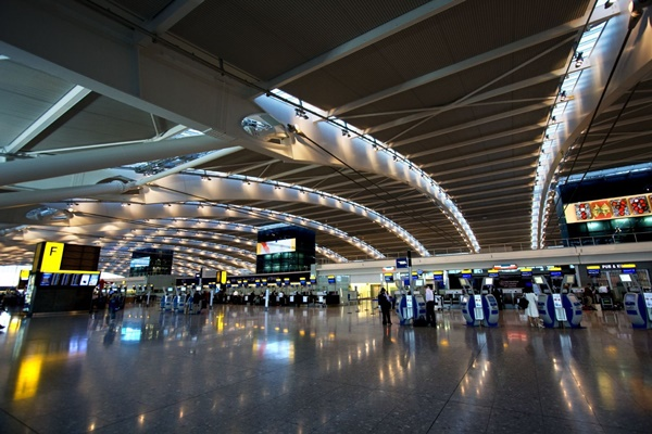10 Best Airports in the World 8