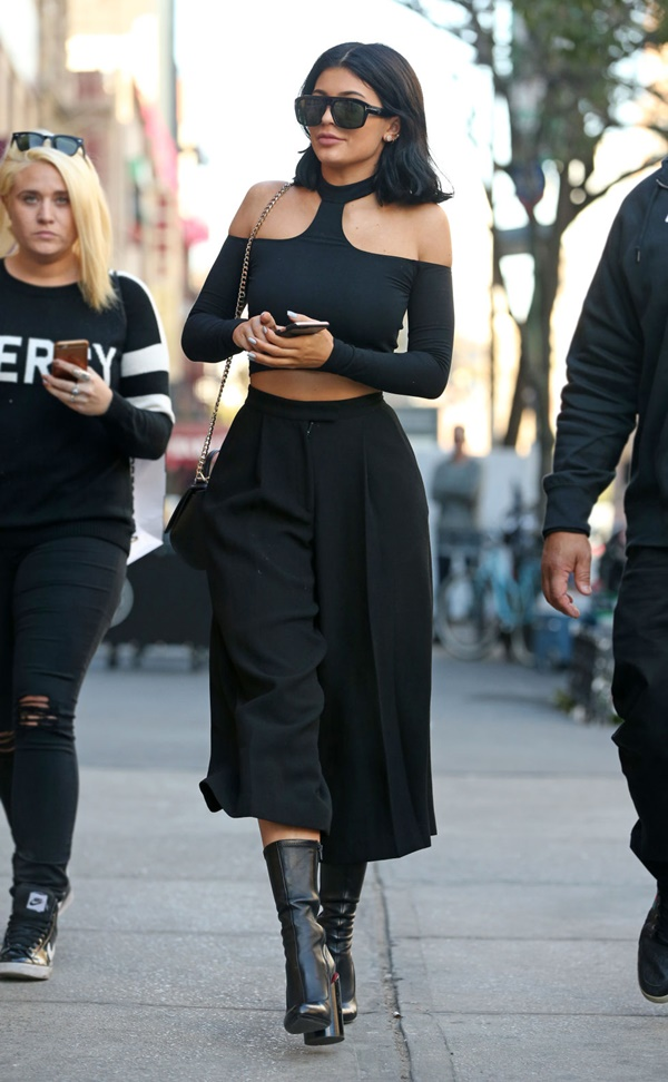 street-style-outfits-for-women-to-try-in-2017-23