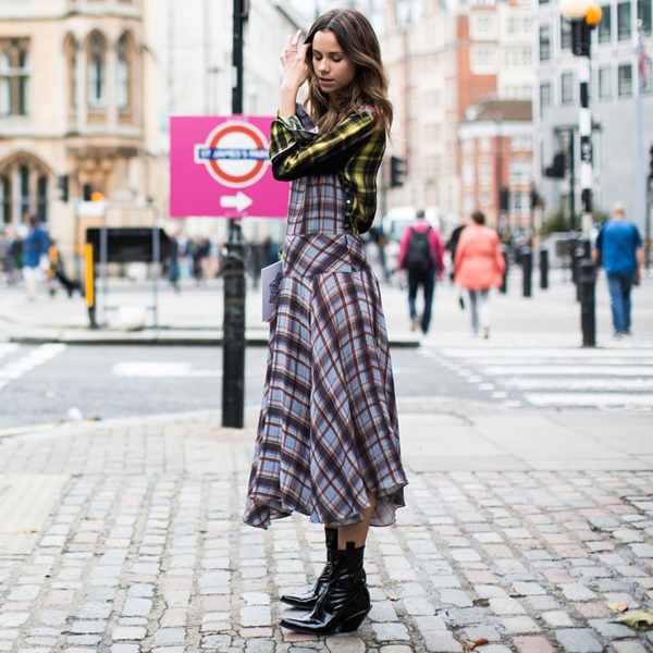 street-style-outfits-for-women-to-try-in-2017-37